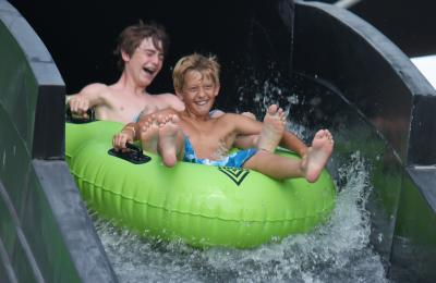 Aquatic Attractions For Theme Parks